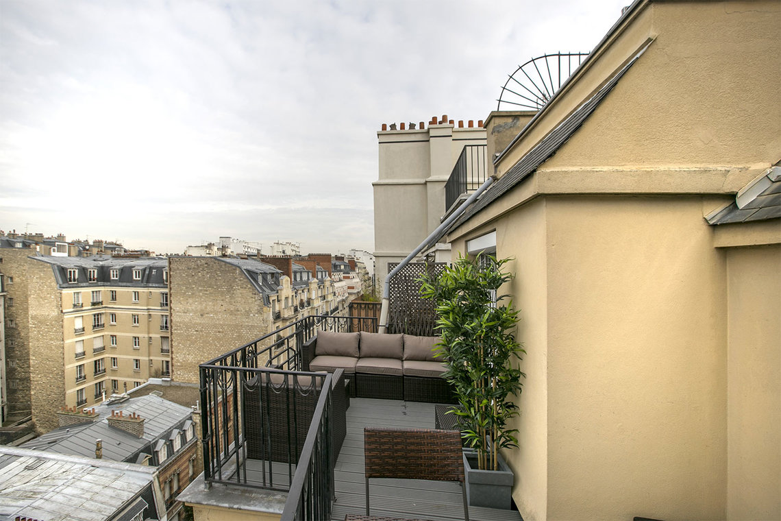 Appartement Paris Rue de Varize 12