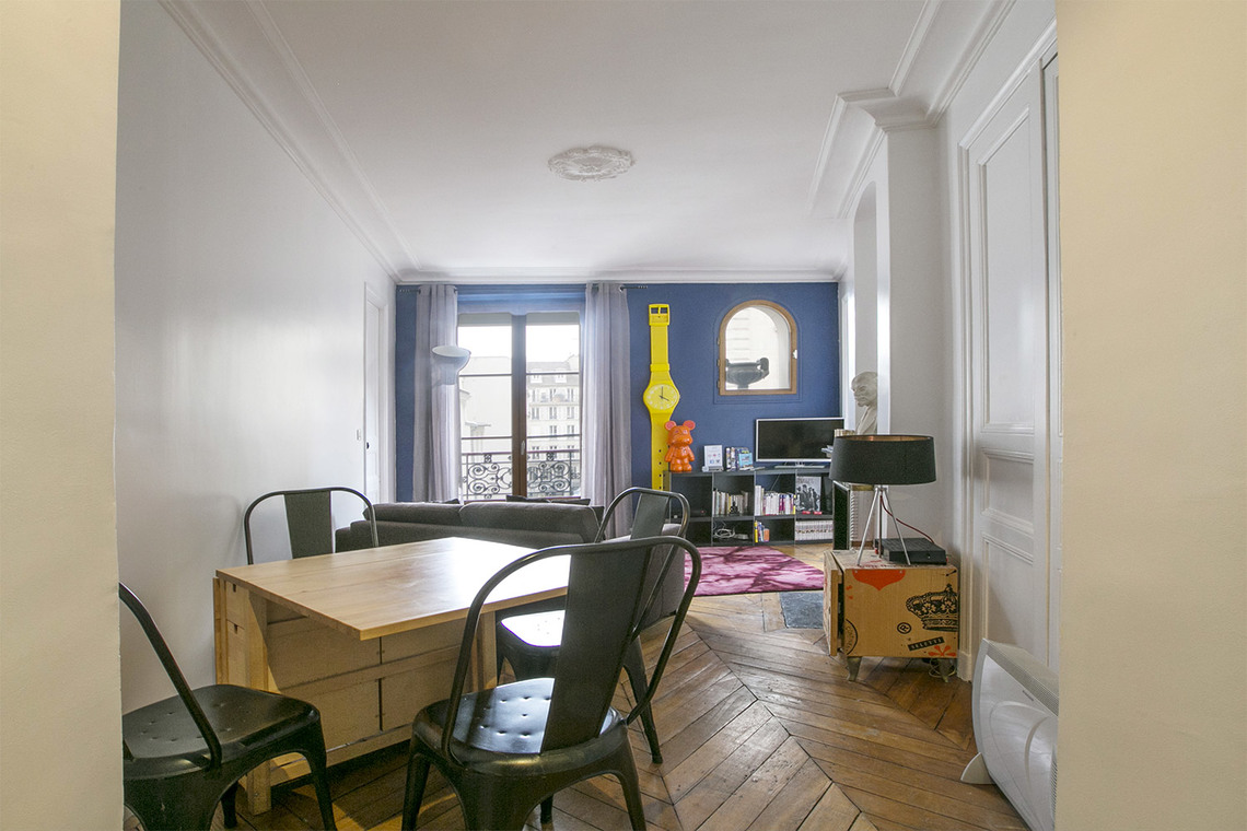 Paris Rue des Halles Apartment for rent