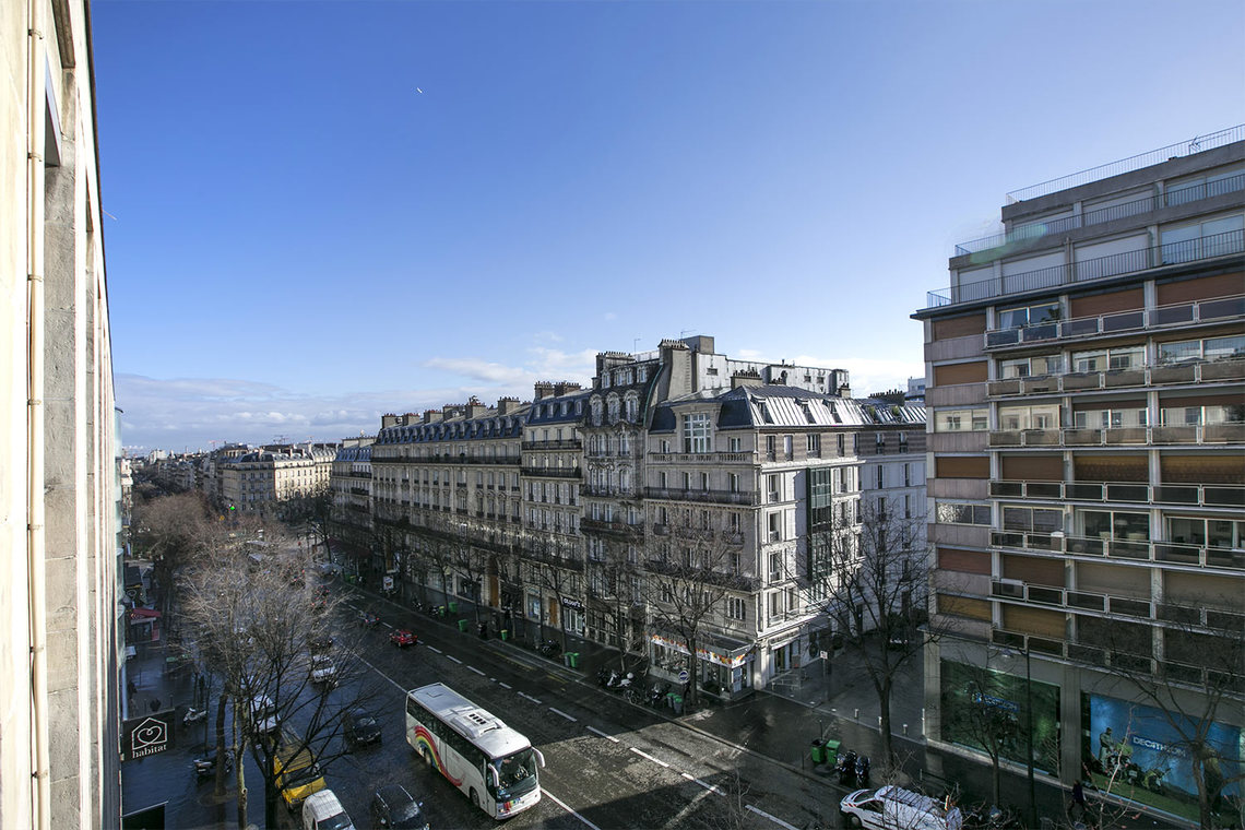 Квартира Paris Avenue de Wagram 15