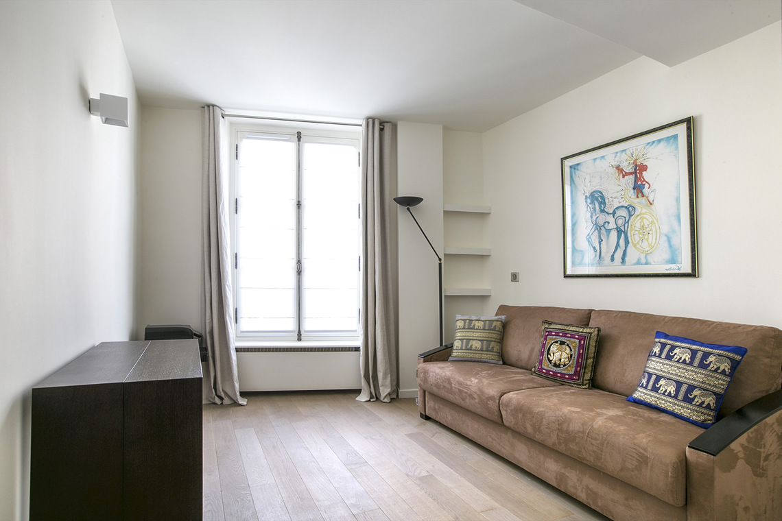 Apartment Paris Rue de Fleurus 12