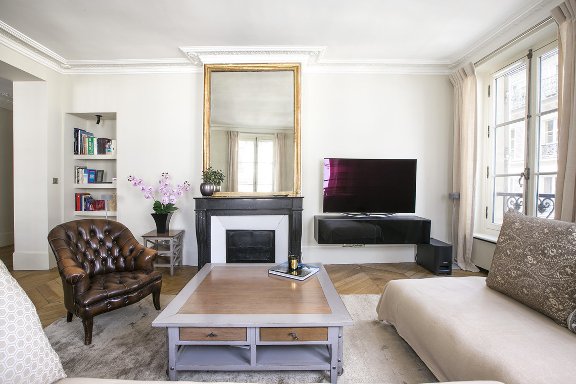 Paris Rue de Fleurus Apartment for rent