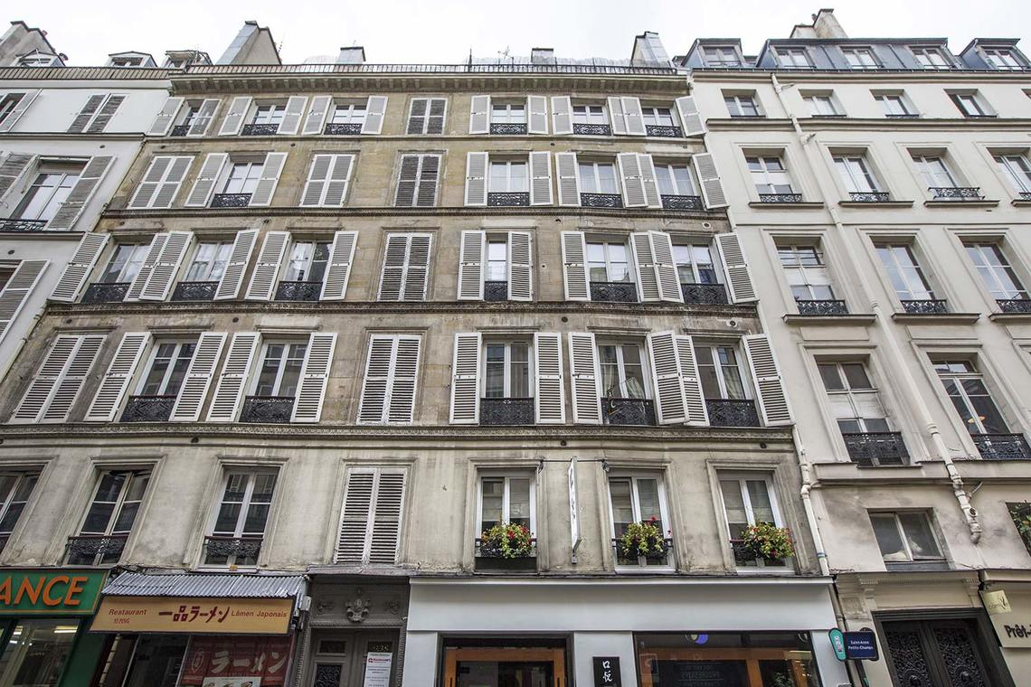 Apartment Paris Rue Sainte Anne 15
