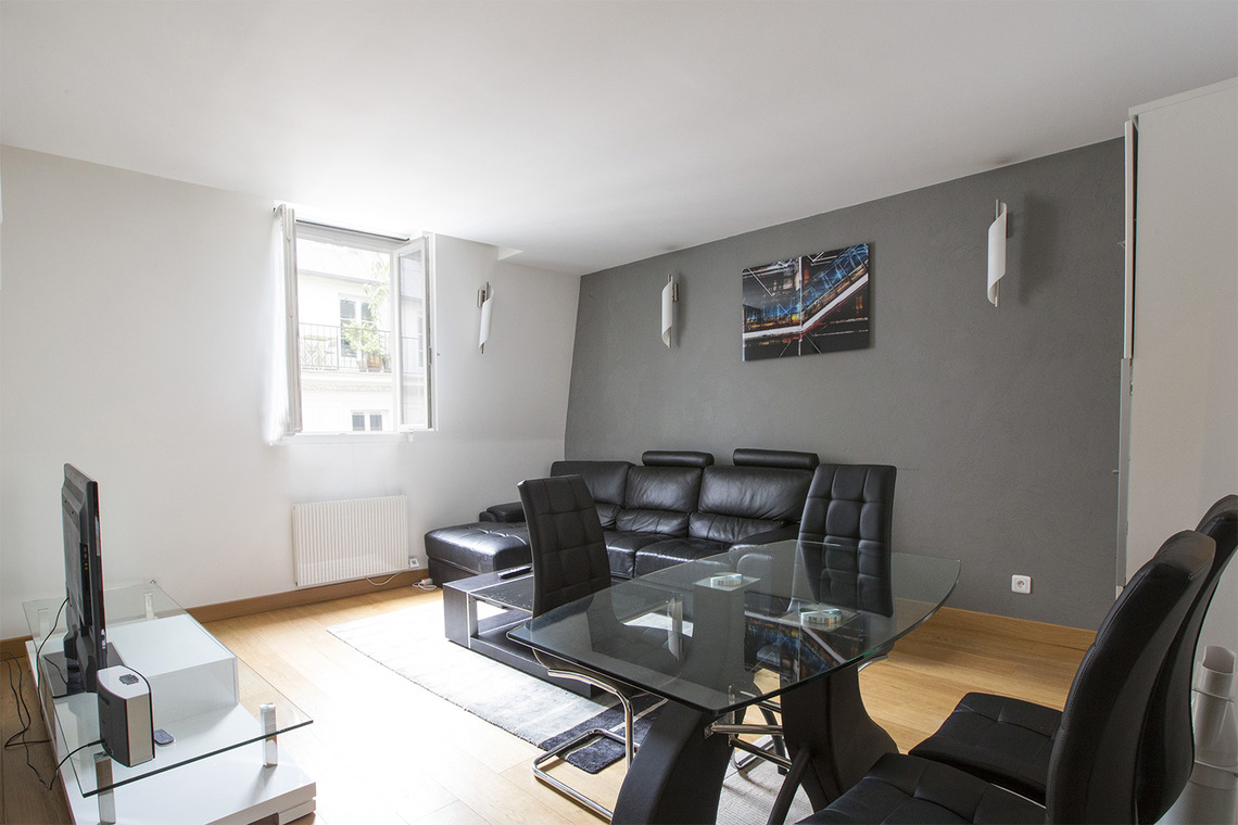 Furnished apartment for rent Paris Rue Notre Dame de Nazareth
