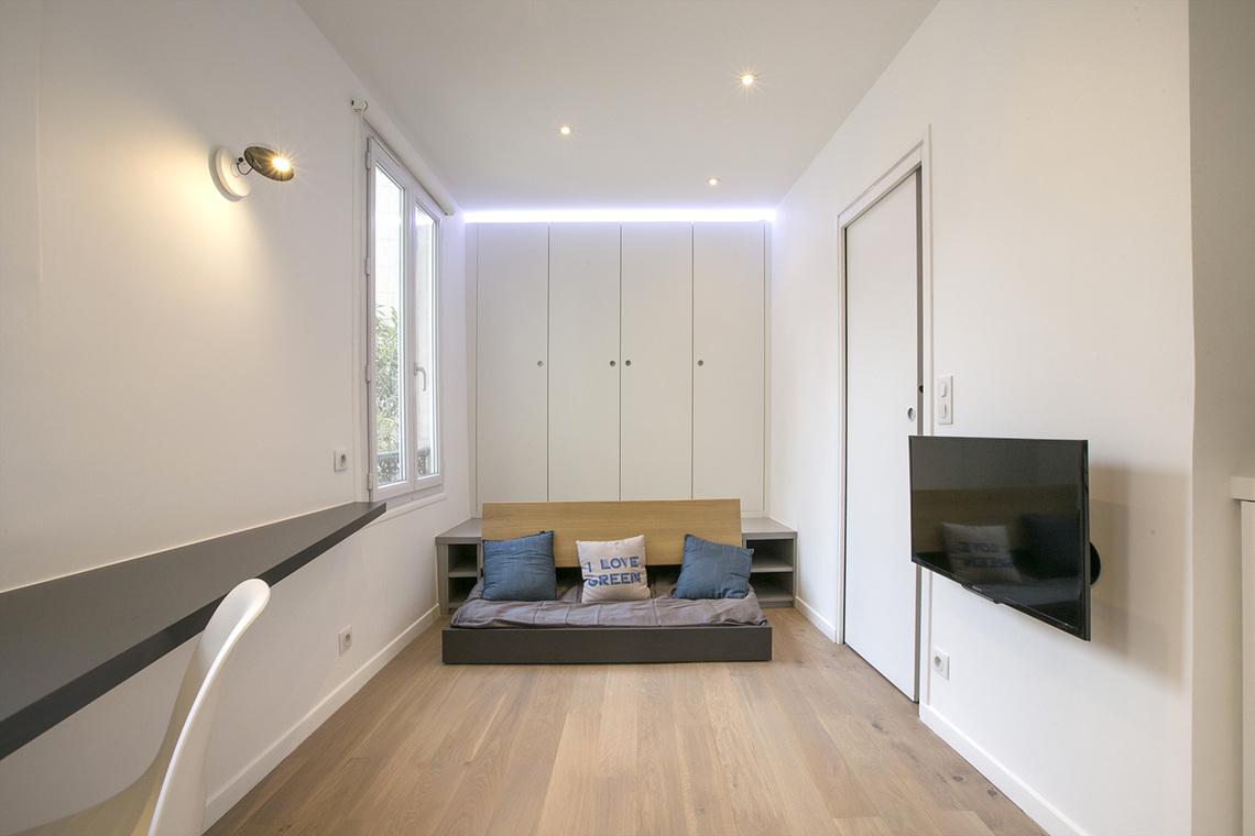 location studio meubl avenue de versailles paris ref 13350. Black Bedroom Furniture Sets. Home Design Ideas