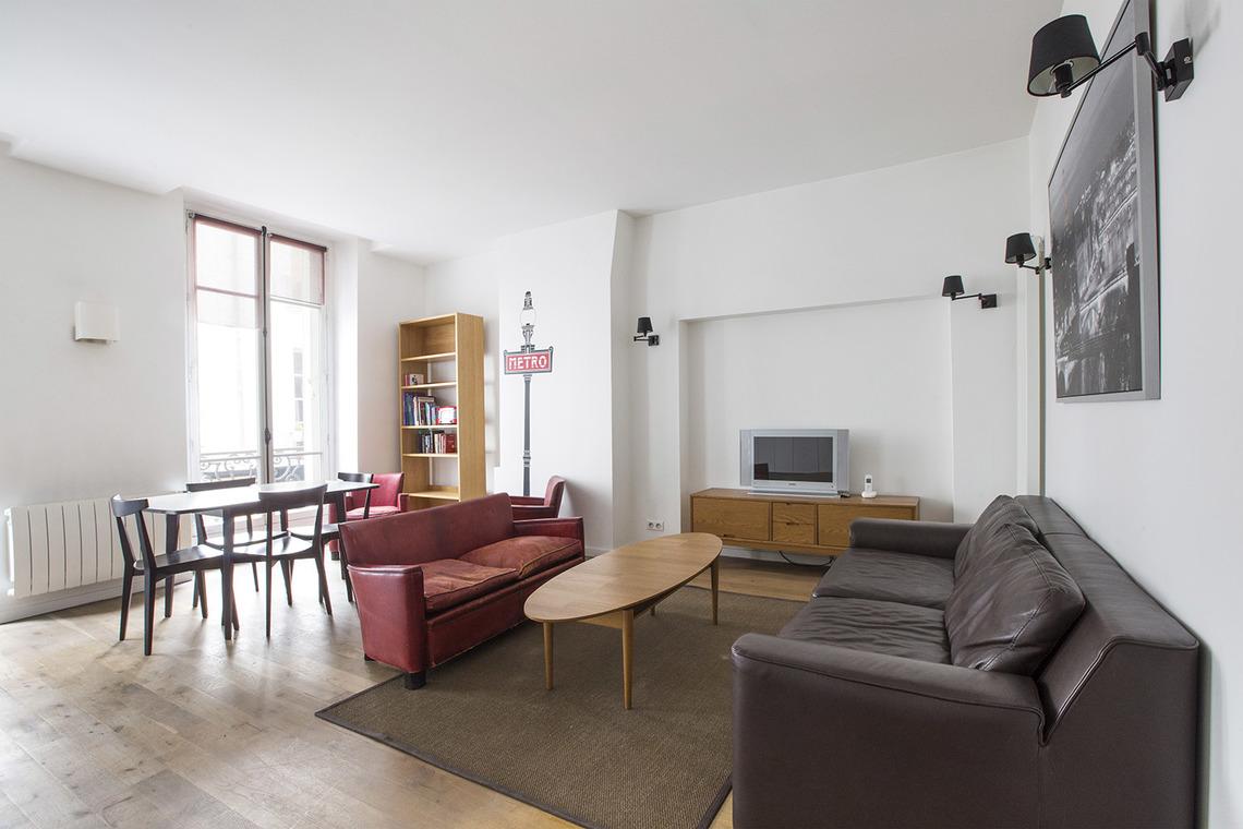 Location appartement meubl rue charlot paris ref 13364 for Appartement meuble a paris