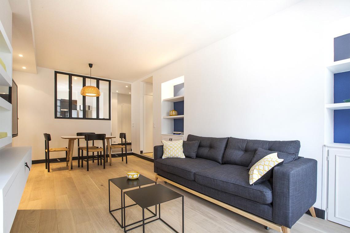 Location appartement meubl rue saint honor paris ref for Appartement meuble a paris