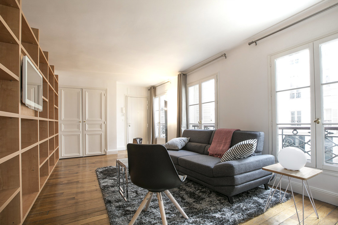 Paris Rue Washington Apartment for rent