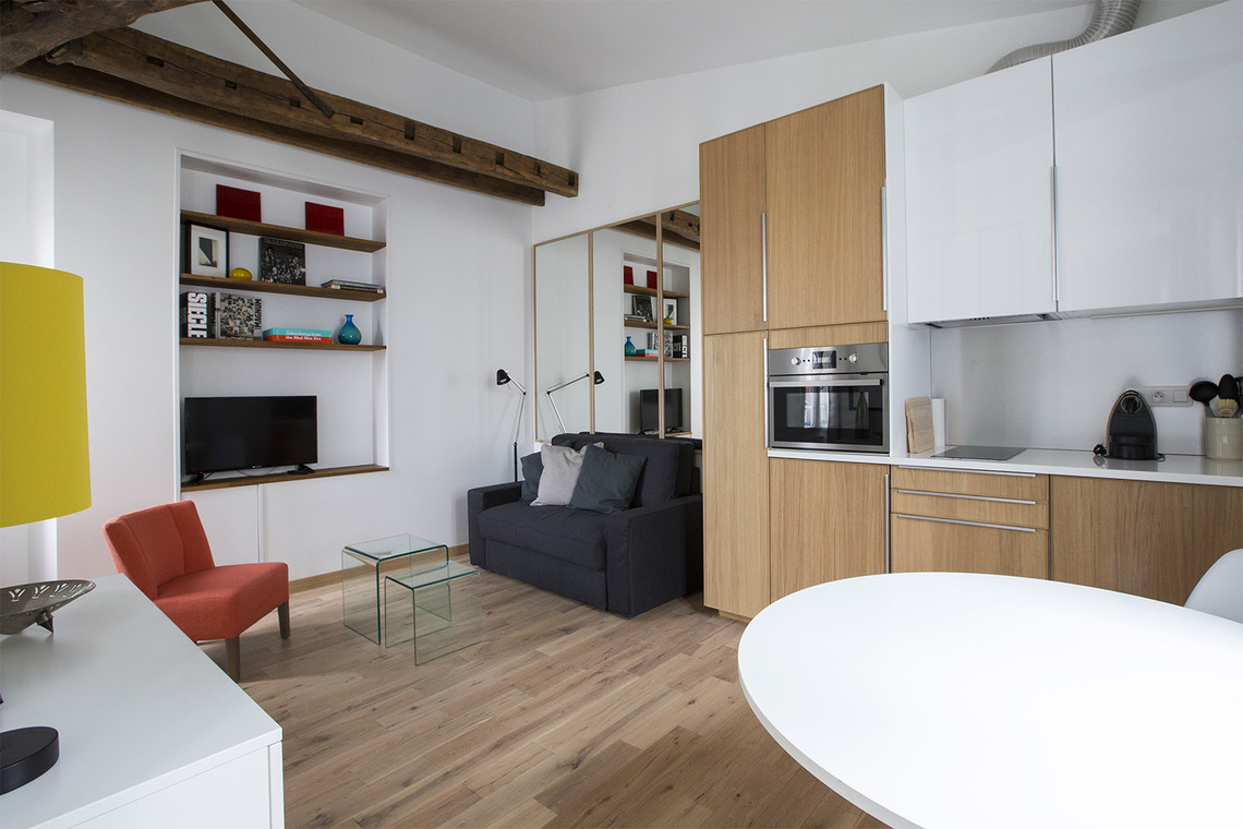 Apartment Paris Rue Dauphine 7