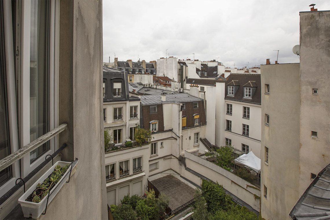 Apartment Paris Rue Dauphine 13
