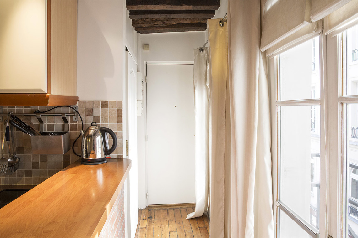 Appartement Paris Rue Sauval 6