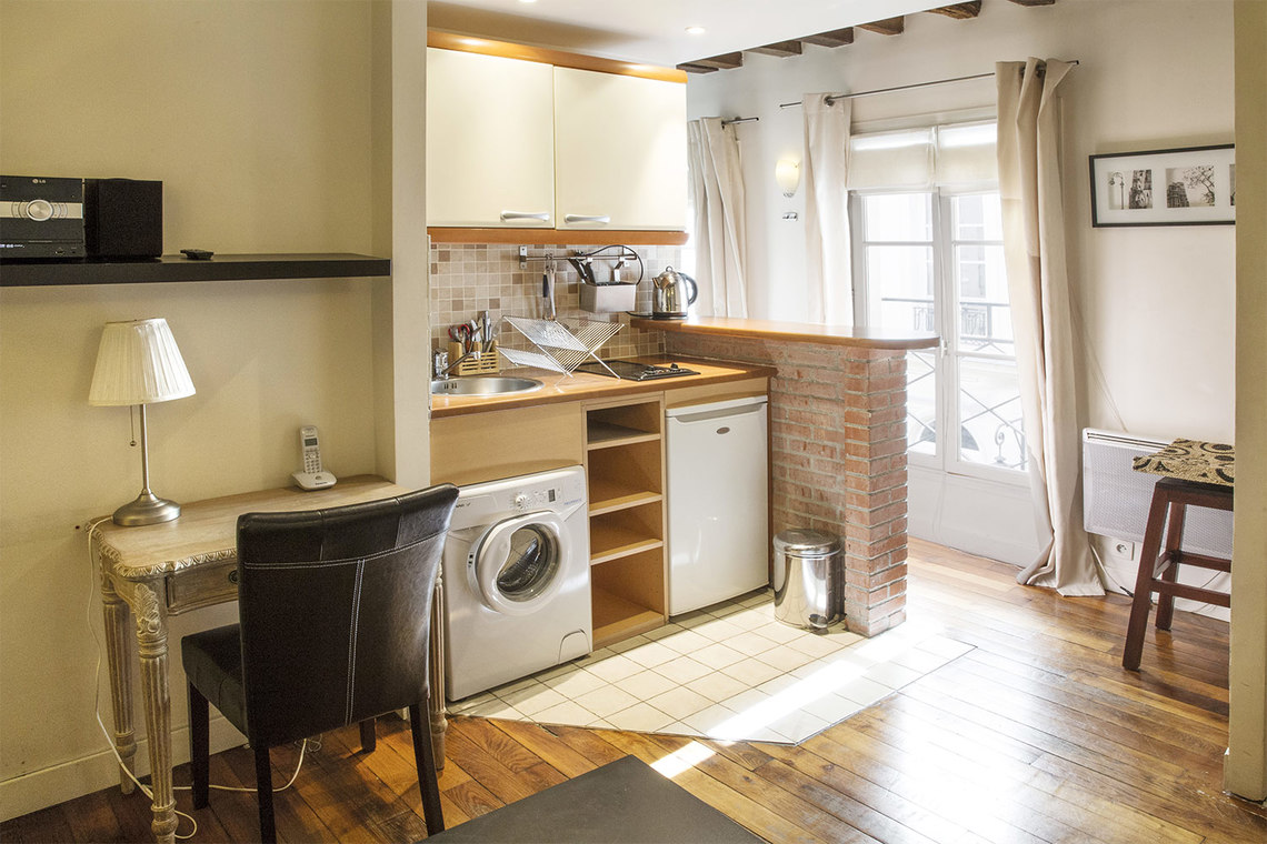 Appartement Paris Rue Sauval 2