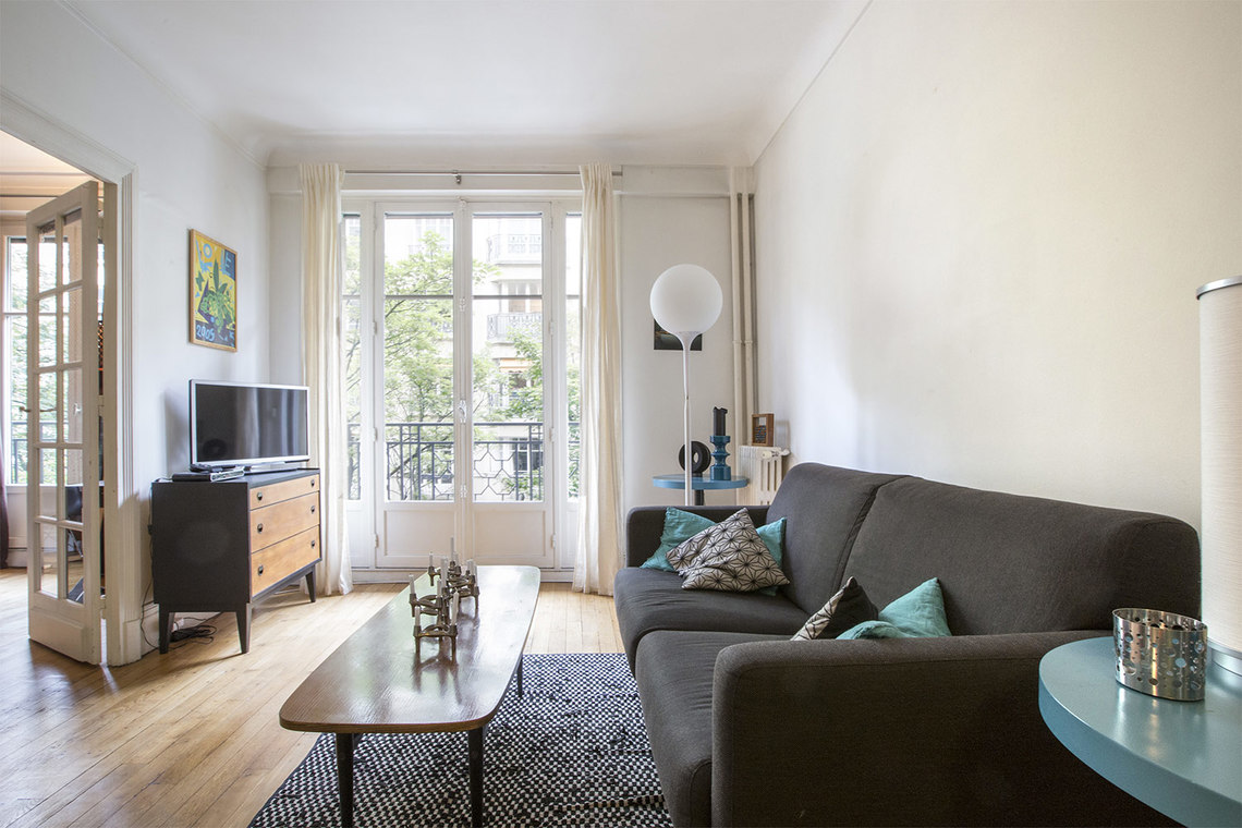 Furnished apartment for rent Paris Rue Michel Ange