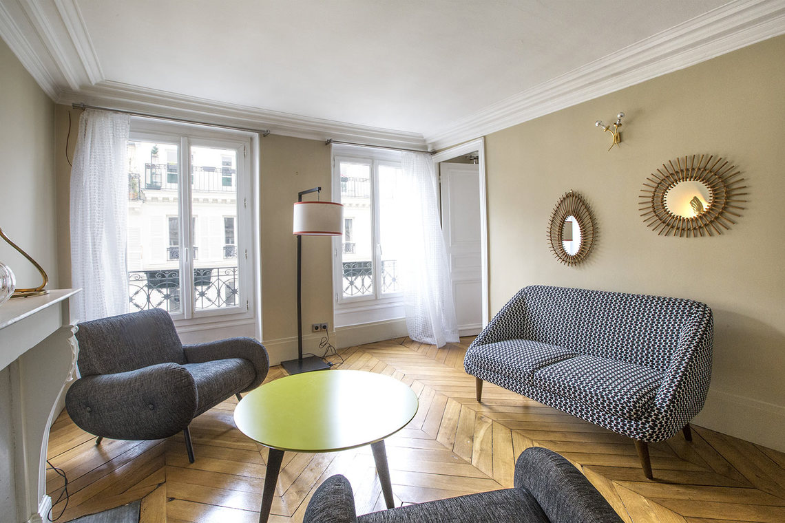 Furnished apartment for rent Paris Rue Henner