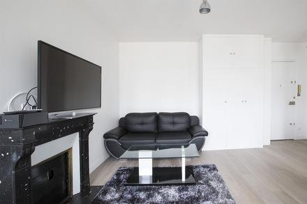 Location appartement meubl rue de la tour paris ref 13636 for Location meuble tours