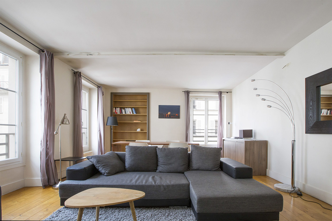 Paris Rue Cler Apartment for rent