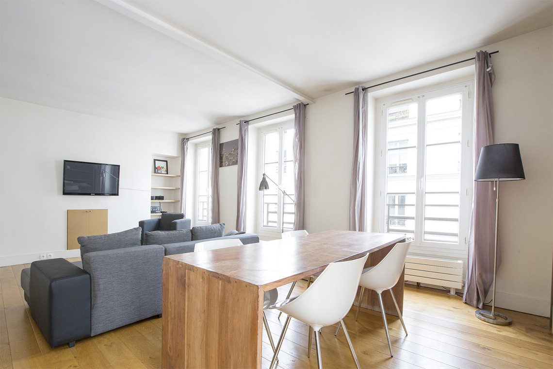 Apartment Paris Rue Cler 5