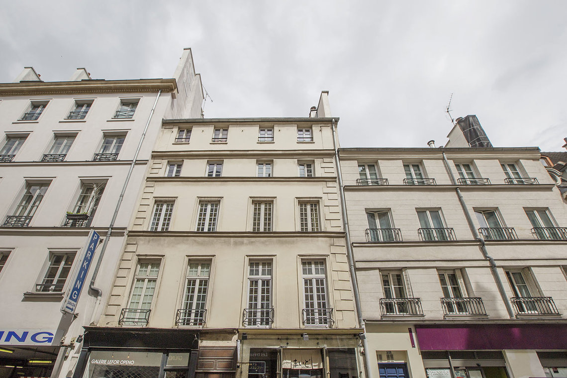 Apartment Paris Rue Mazarine 10