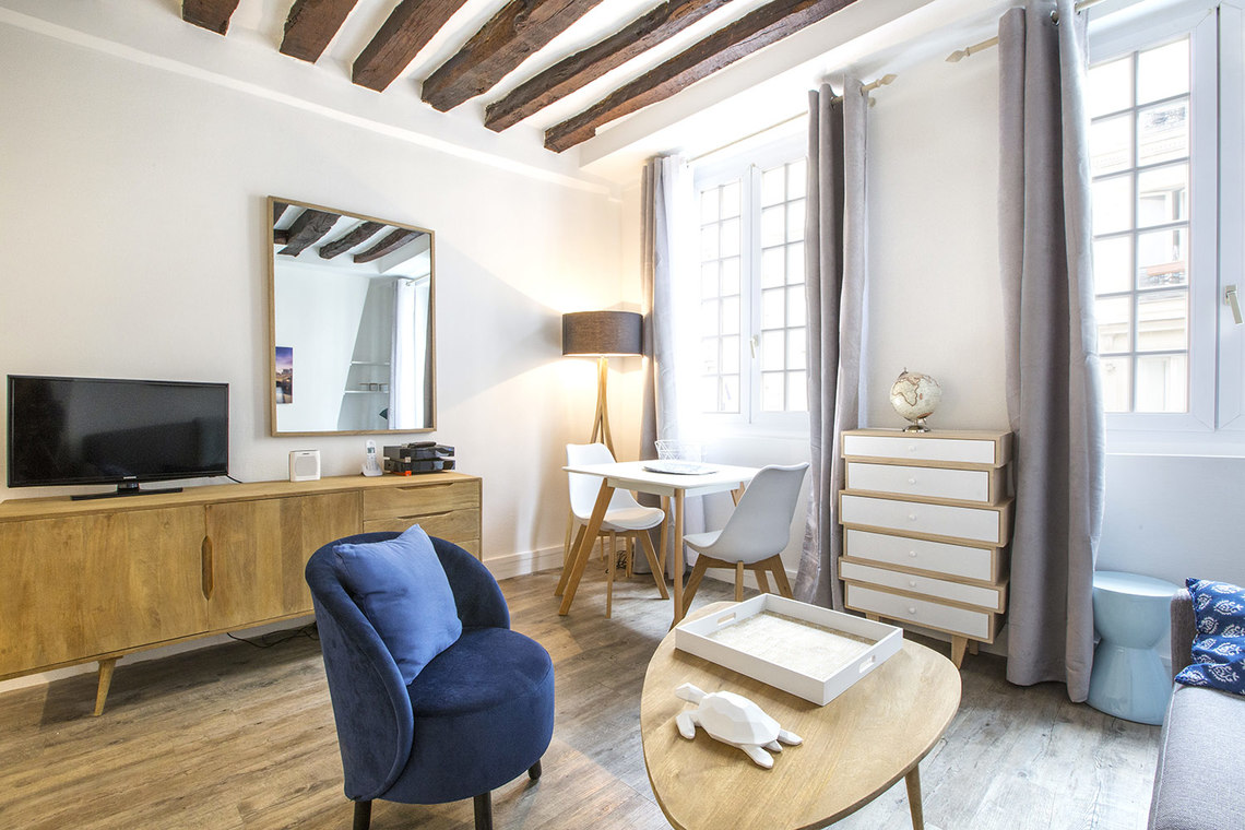 Apartment Paris Rue Mazarine 3