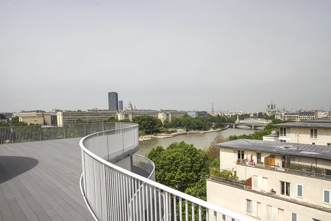 Apartment Paris Quai Henri IV 12