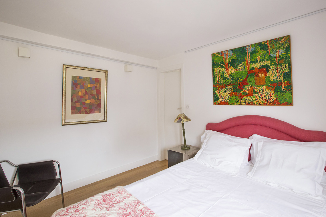 Appartement Paris Rue des Moulins 18