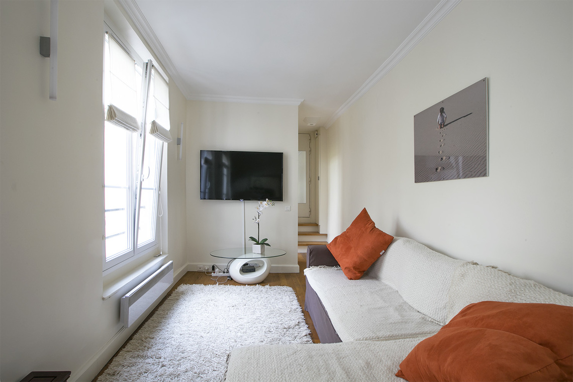 Paris Rue Montorgueil Apartment for rent