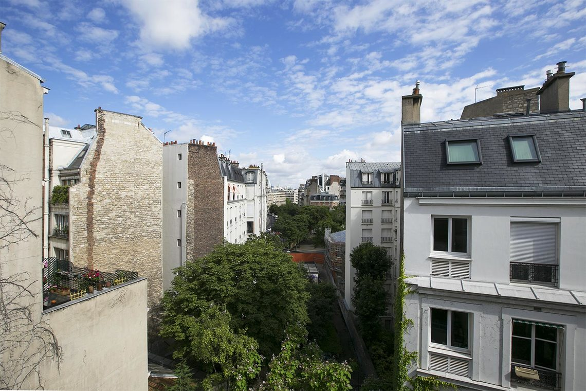 Appartement Paris Rue Gustave Nadaud 11