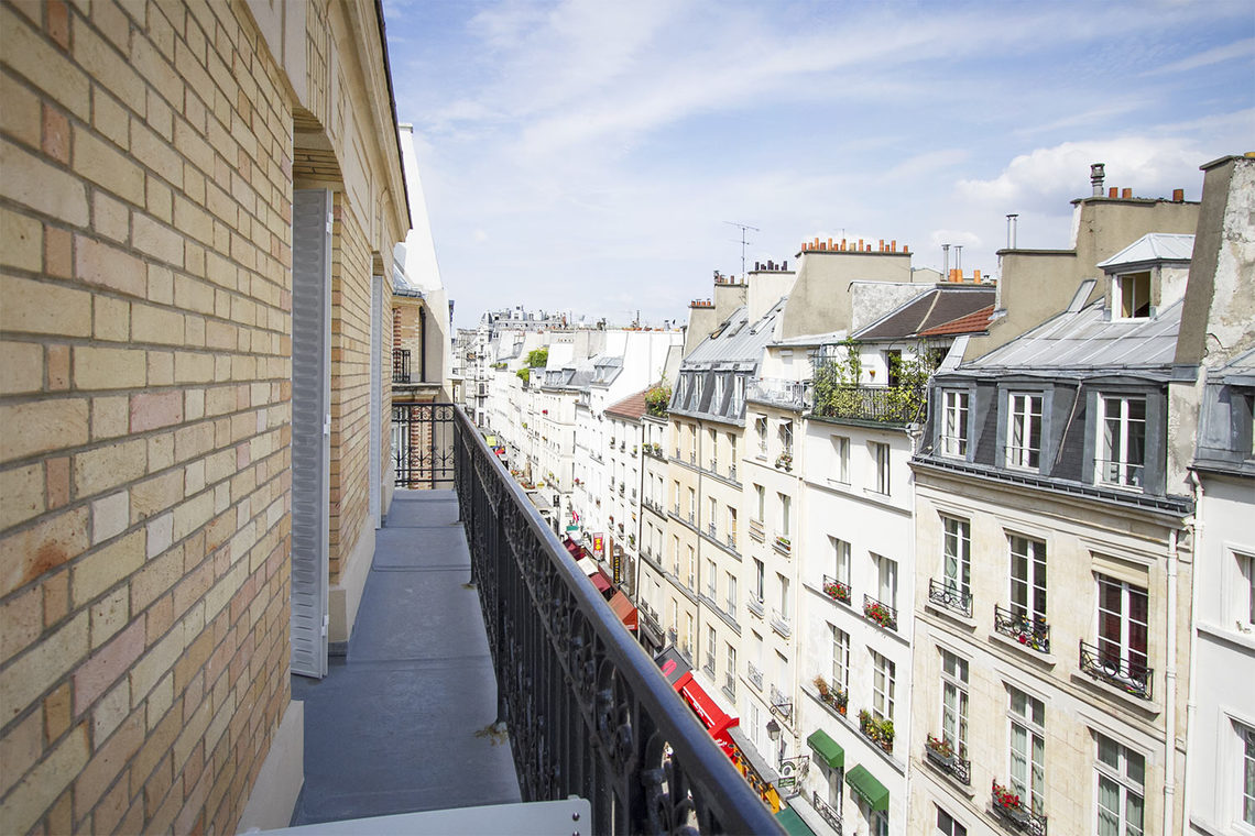 Apartment Paris Rue Bachaumont 18