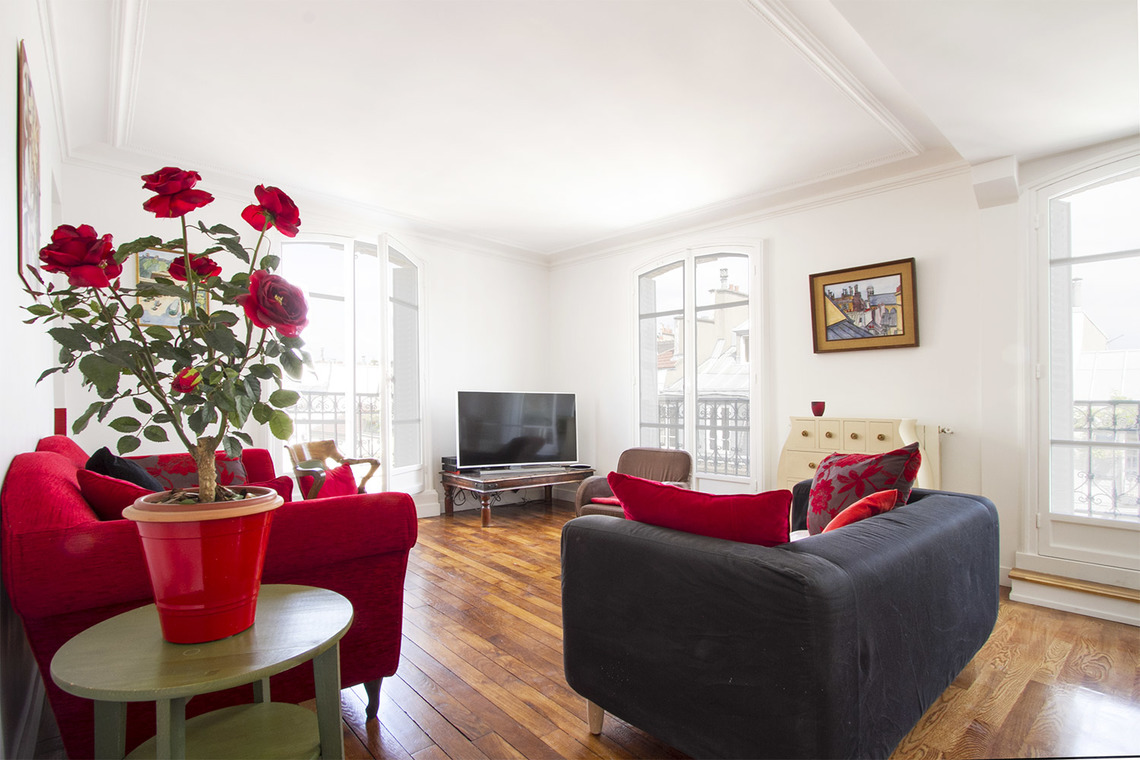 Apartment Paris Rue Bachaumont 4