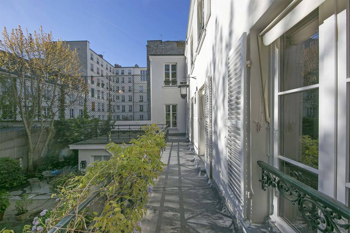 Apartment Paris Rue Vaneau 20
