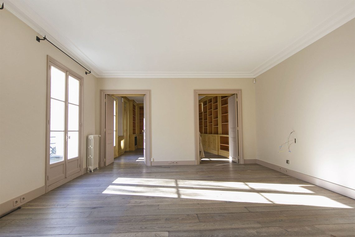 Apartment Paris Rue Vaneau 6