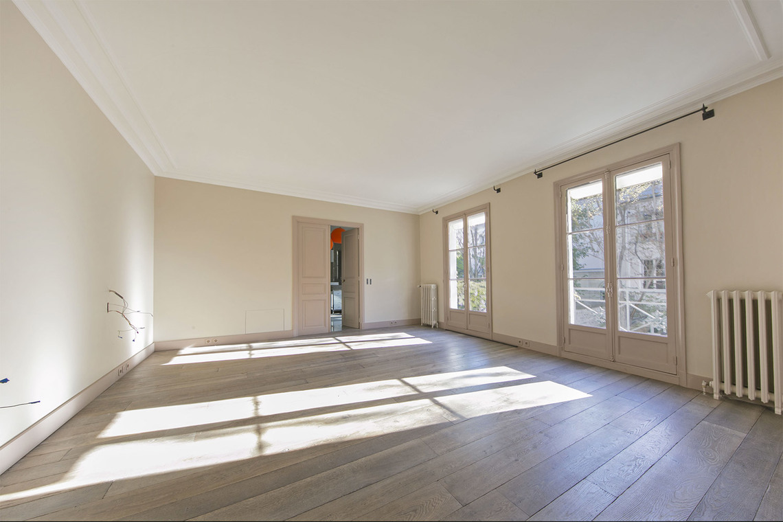 Apartment Paris Rue Vaneau 7