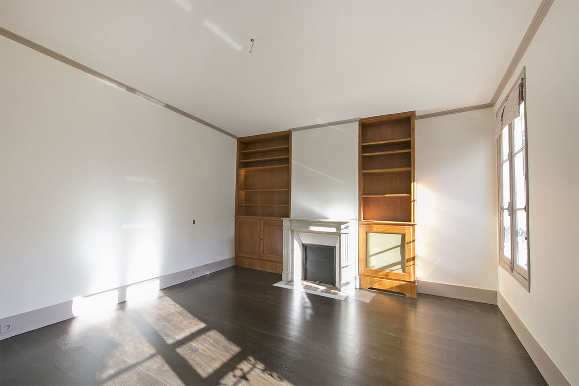 Apartment Paris Rue Vaneau 13
