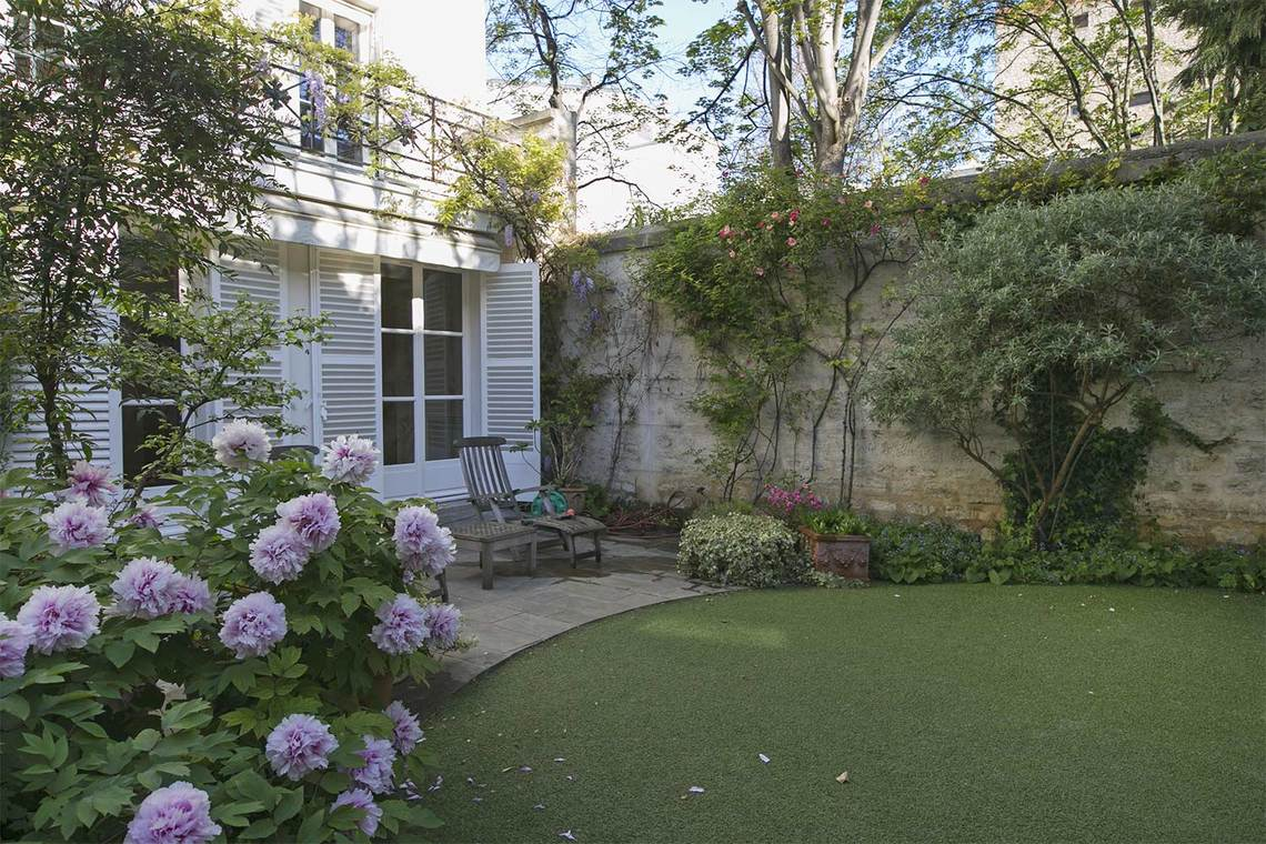 Apartment Paris Rue Vaneau 24