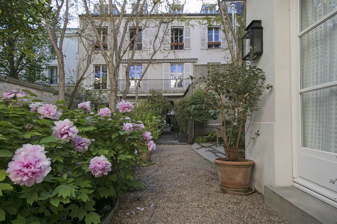 Apartment Paris Rue Vaneau 25