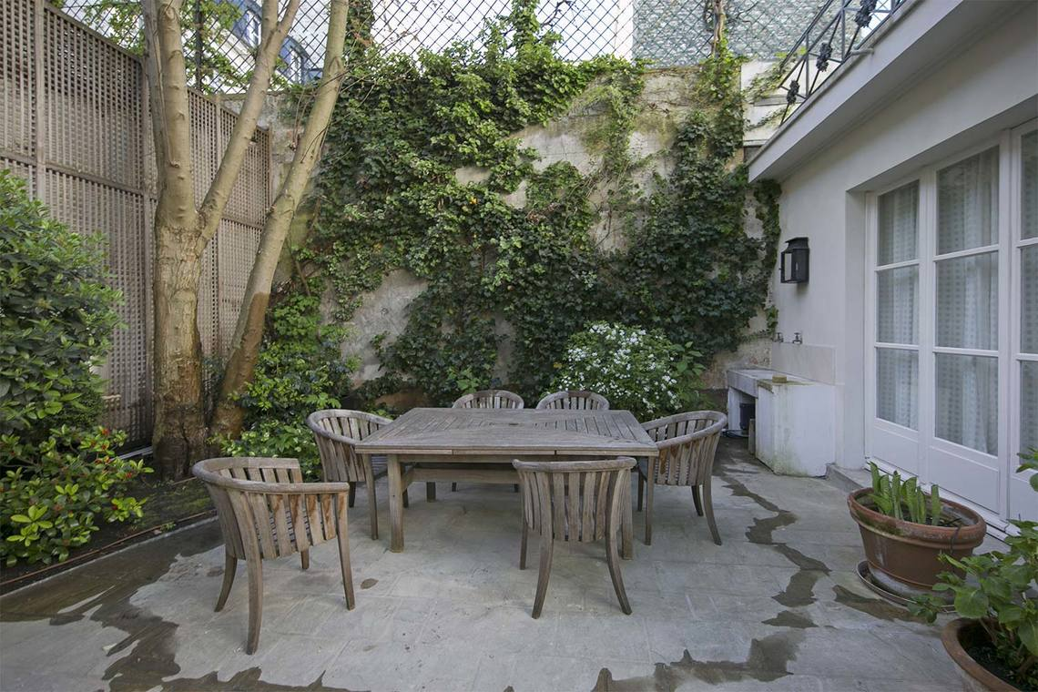 Apartment Paris Rue Vaneau 26