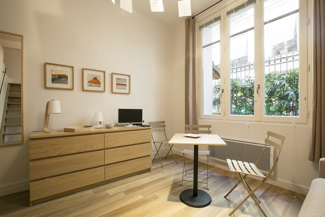 Apartment Paris Rue Coetlogon 3