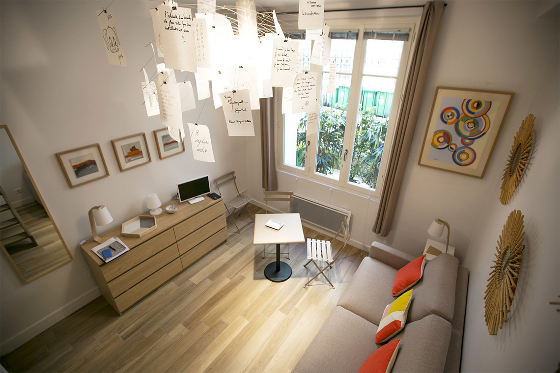 Apartment Paris Rue Coetlogon 8