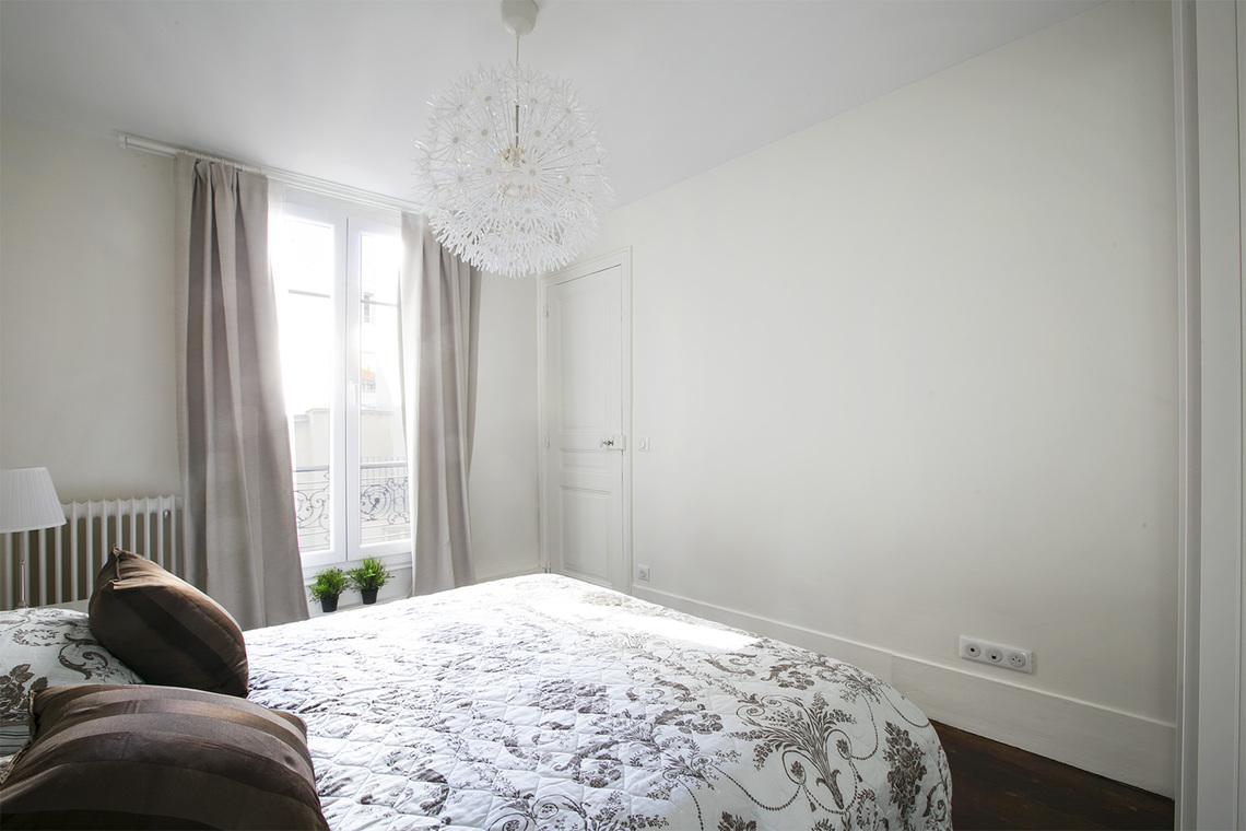 Apartment Paris Rue des Ursulines 10
