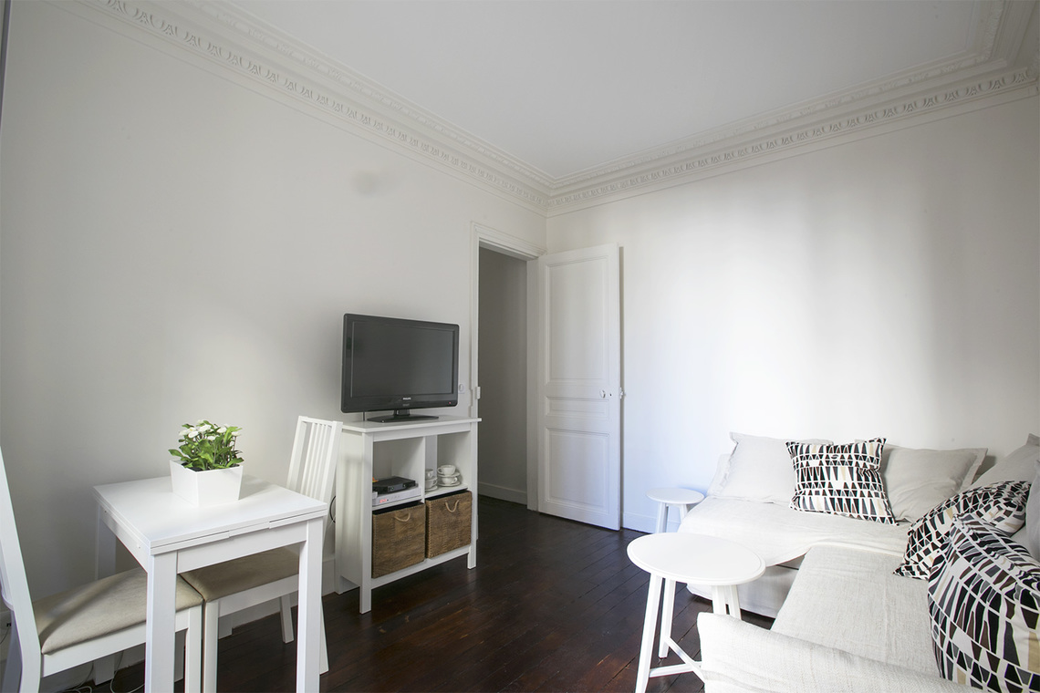 Furnished apartment for rent Paris Rue des Ursulines