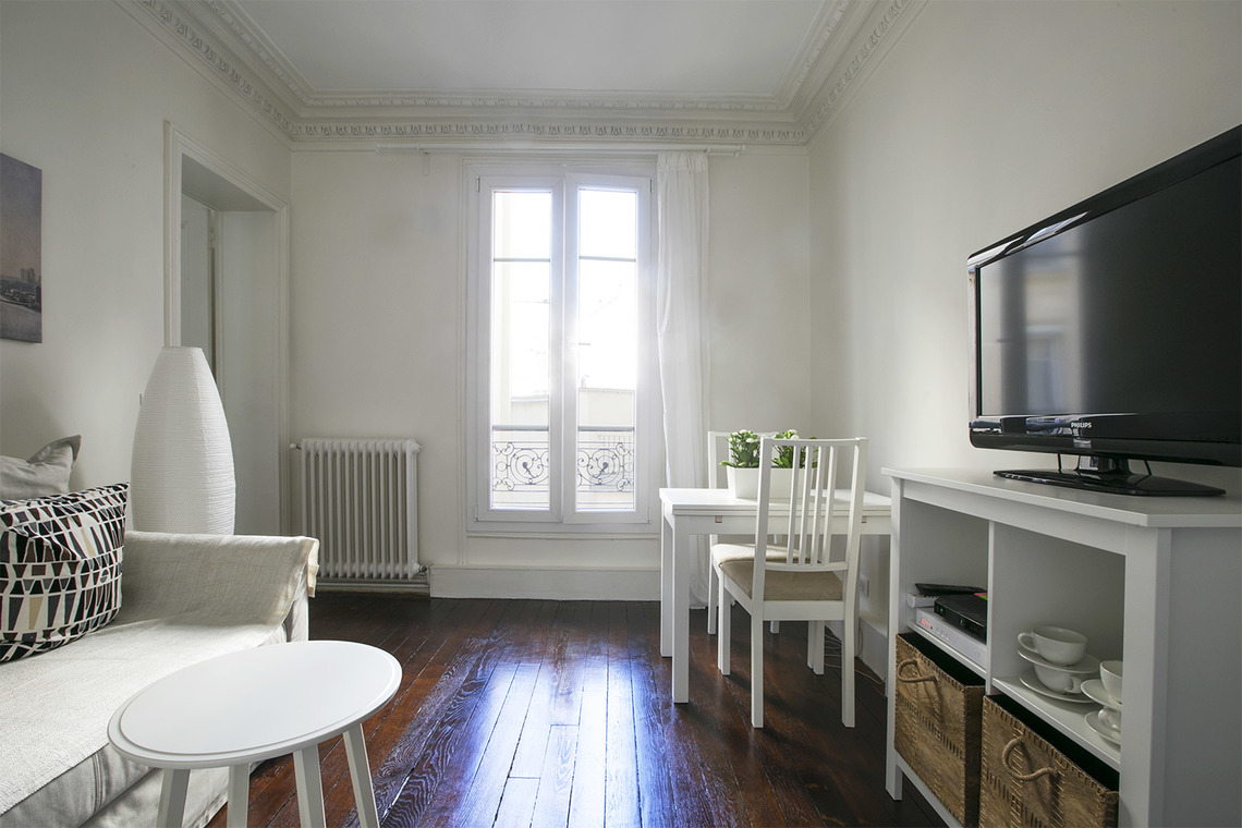 Apartment Paris Rue des Ursulines 2