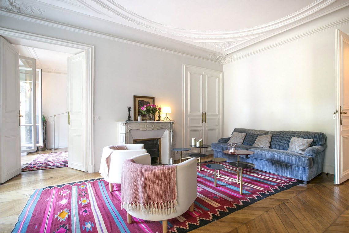 Paris Rue de Vaugirard Apartment for rent