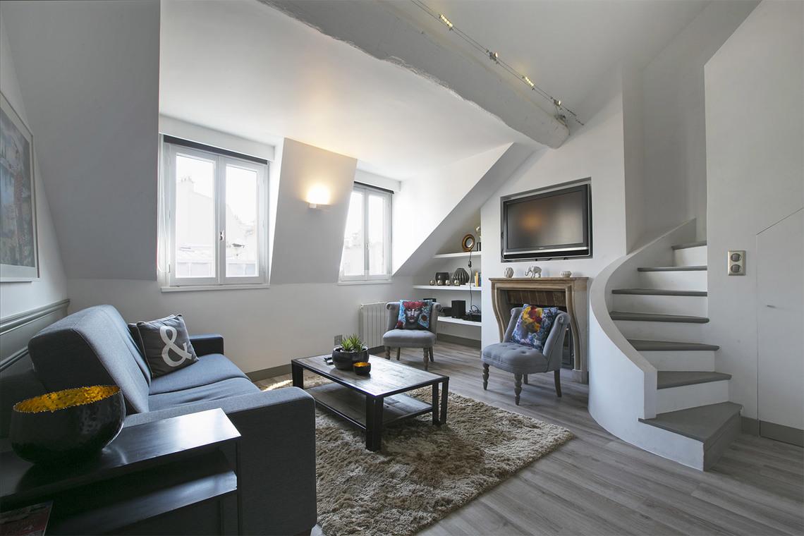 Apartment for rent rue des ecouffes paris ref 13966 for Appartement paris
