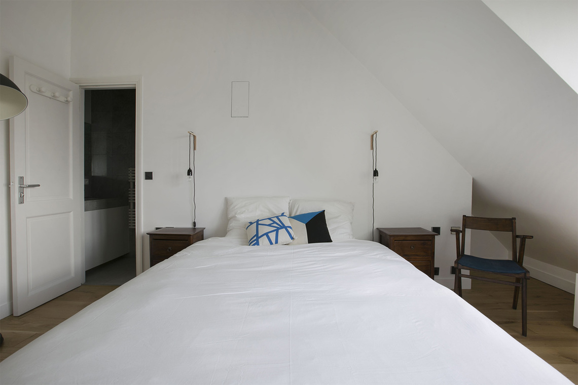 location appartement meubl rue lacharri re paris ref 13976. Black Bedroom Furniture Sets. Home Design Ideas