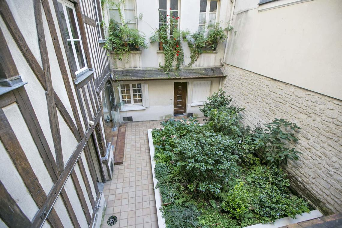 Квартира Paris Rue Charlot 9