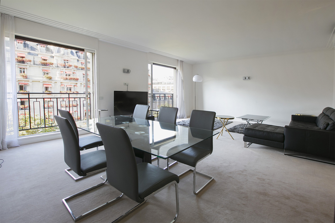 Appartement Paris Avenue Montaigne 5