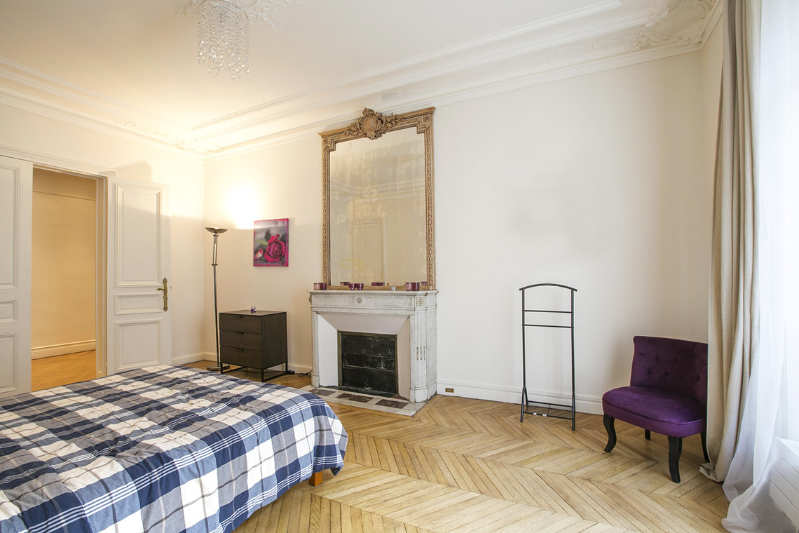 Apartment Paris Rue Theodule Ribot 16