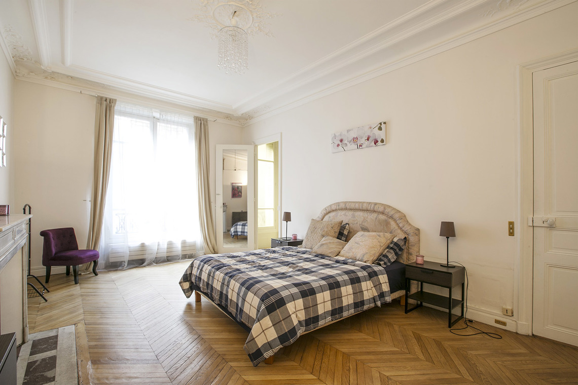 Apartment Paris Rue Theodule Ribot 15