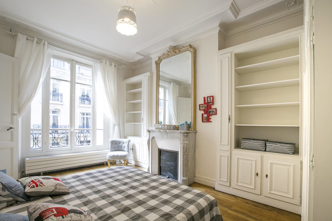 Apartment Paris Rue Theodule Ribot 19