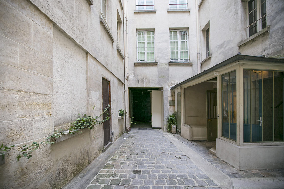 Apartment Paris Rue Saint Martin 15