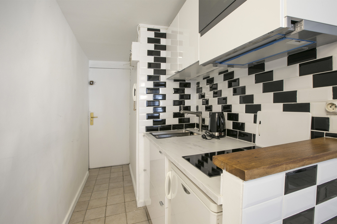 Apartment Paris Rue Geoffroy l'Angevin 6